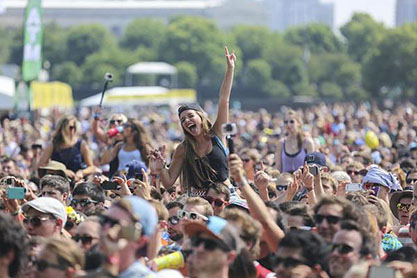 Ariella Panos (12) enjoys the sweet music of Lollapalooza.
