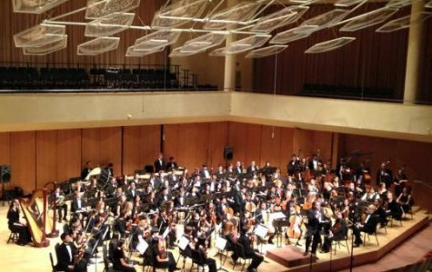 Orchestra Performs at Northwestern University