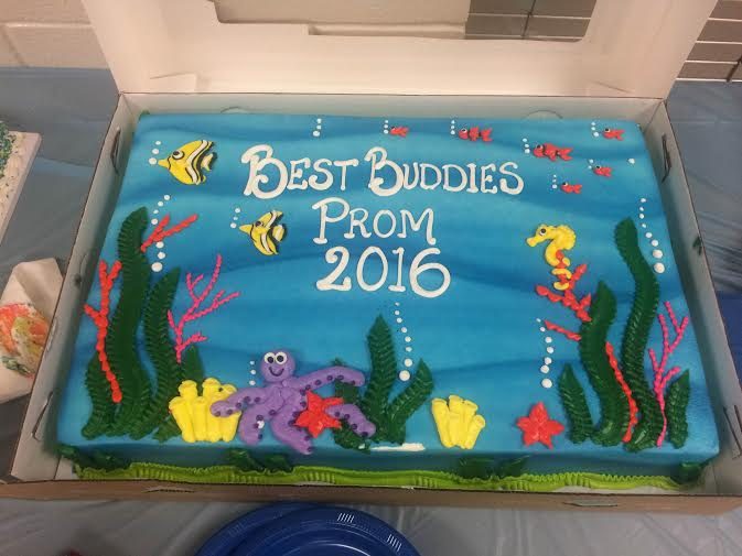 Cake to celebrate the Under the Sea prom theme