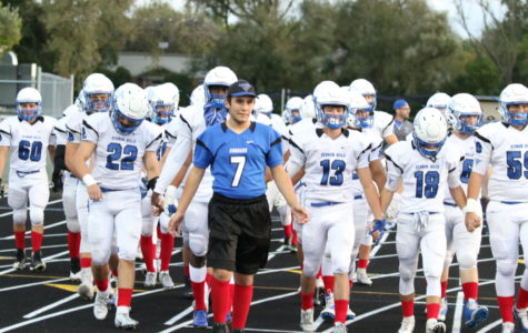 Cougars stand together for Bellecomo